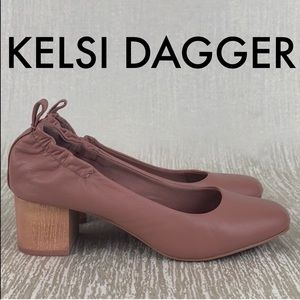 👑 KELSI DAGGER LOW HEELS 💯AUTHENTIC